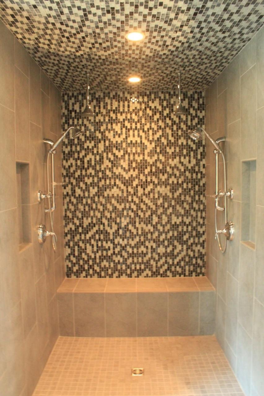 Custom Shower in New Lake Home