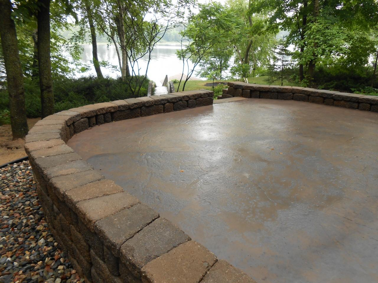 Gull Lake Patio